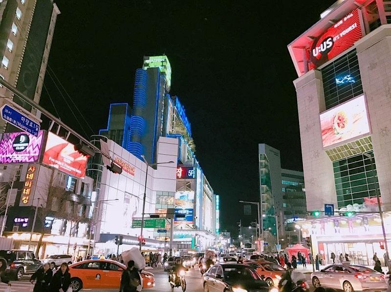 Wisata Belanja di Korea- Dongdaemun Market