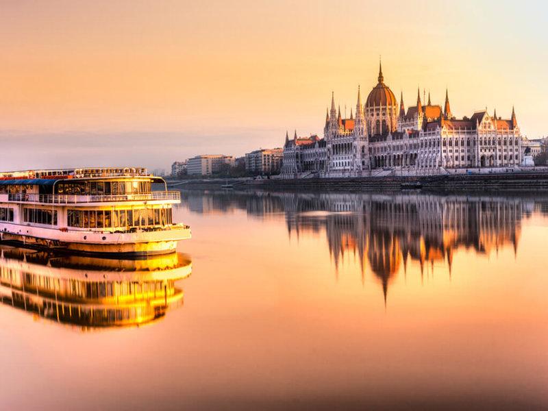 Itinerary 11 Hari Keliling Eropa Timur: Liburan 6 Negara