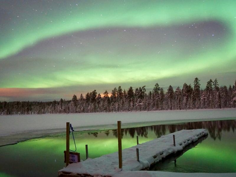 Aktivitas Seru Saat Liburan Musim Dingin di Eropa - Melihat Aurora Borealis Rovaniemi