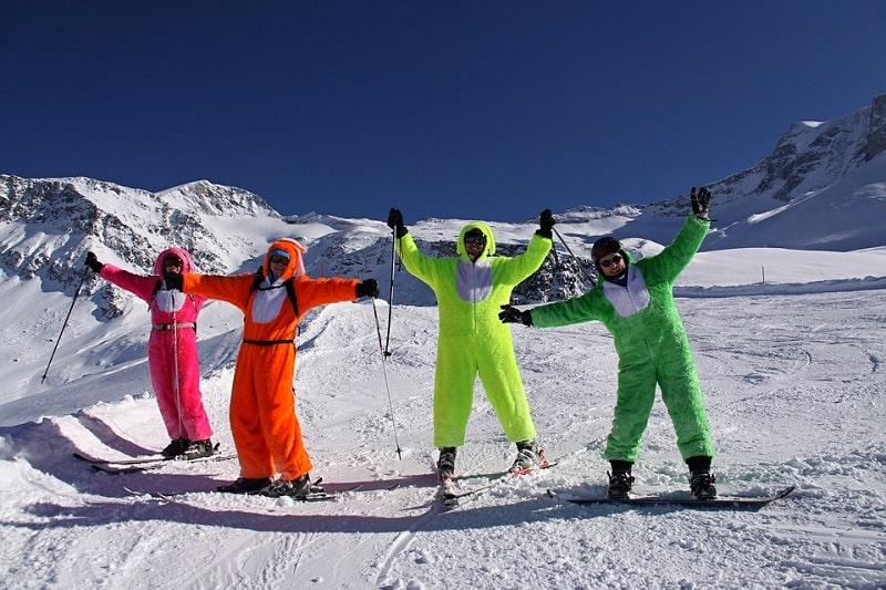 Aktivitas Seru Saat Liburan Musim Dingin di Eropa - Bermain Ski - Sumber Pixabay