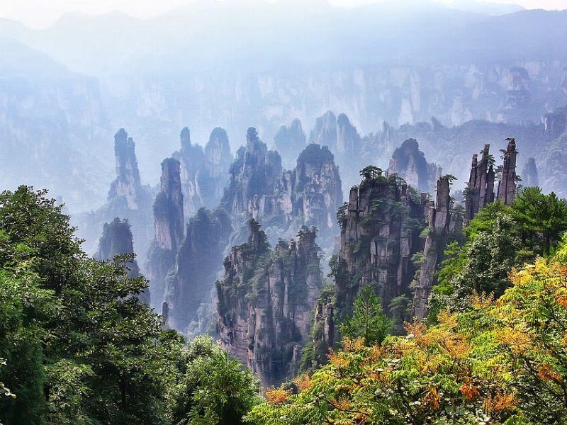 Tempat Terbaik untuk Liburan Akhir & Tahun Baru di Asia - Zhangjiajie China - Sumber Pixabay