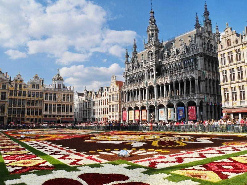 Liburan ke Eropa - Grand Palace, Brussel, Belgia - Sumber Wikimedia