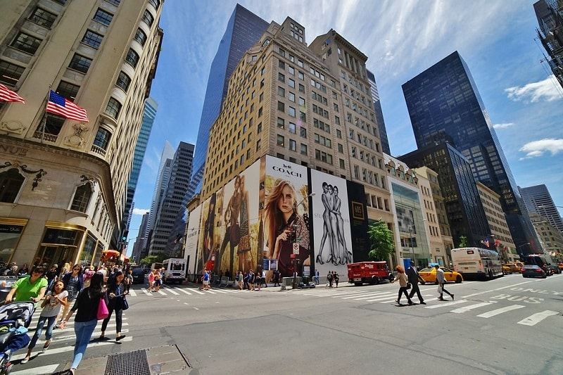 Wisata Hits 5th Avenue New York - Sumber Flickr