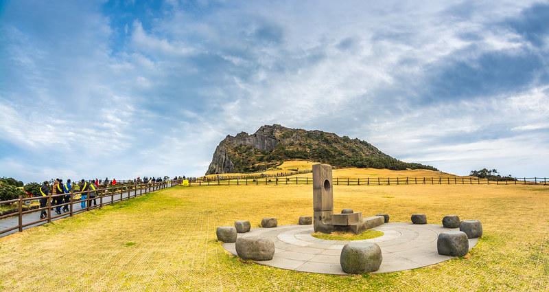 Wisata Pulau Jeju - Seongsan Sunrise Peak Jeju Island - Sumber Flickr