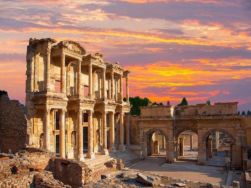 Wisata Turki - Celsus Library Ephesus