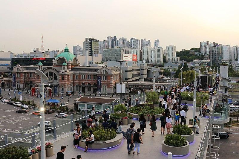 Taman di Seoul - Seoullo 7017 - Sumber Wikimedia