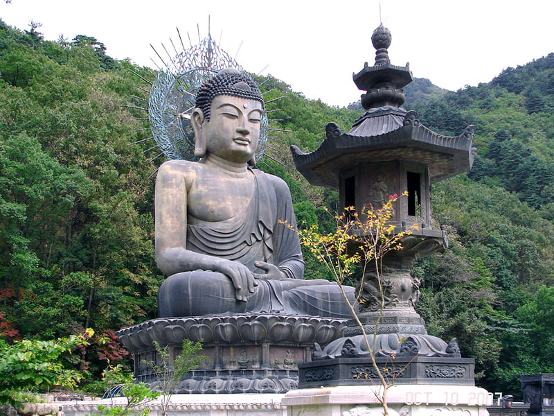 Shinheungsa temple - Sumber Wikimedia