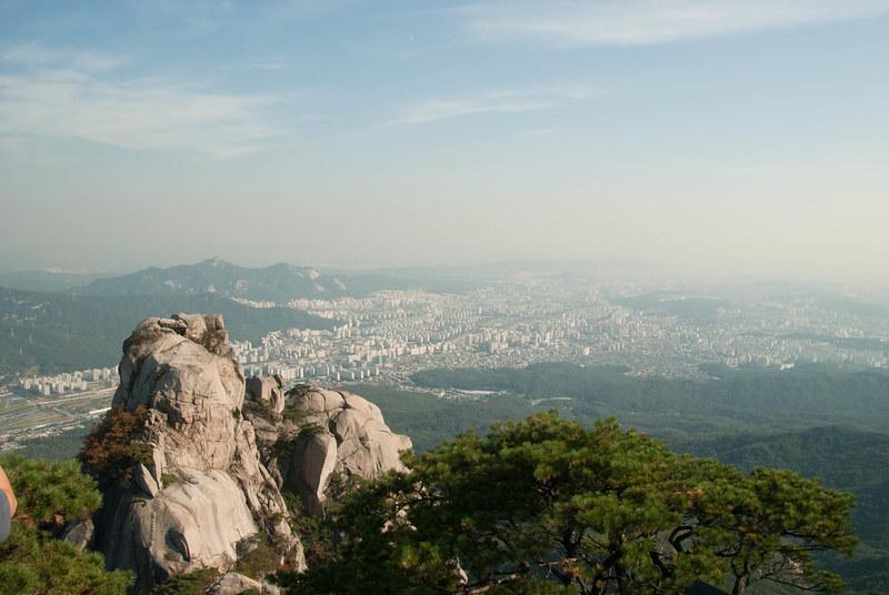 Wisata Alam Seoul - Bukhansan National Park - Sumber Flickr
