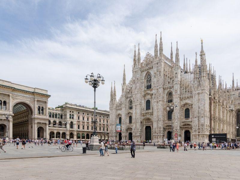 Jalan-Jalan Eropa Barat - Milano Cathedral, Milan, Italia - Sumber Wikimedia