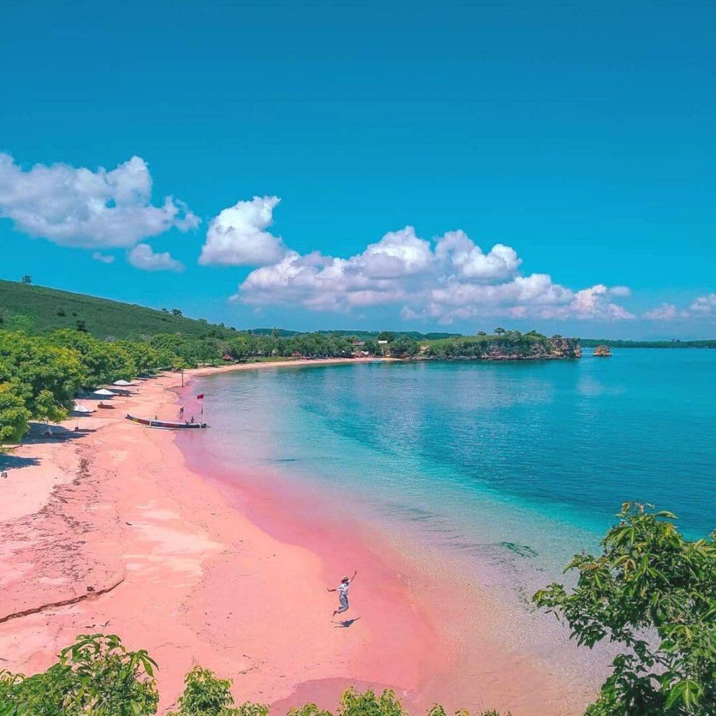 8 Destinasi Wisata Lombok Paling Populer di 8, Dijamin Indah!
