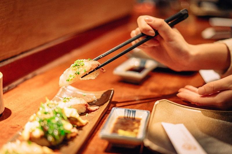 Jangan Telat Makan Saat Traveling - Sumber Pixabay
