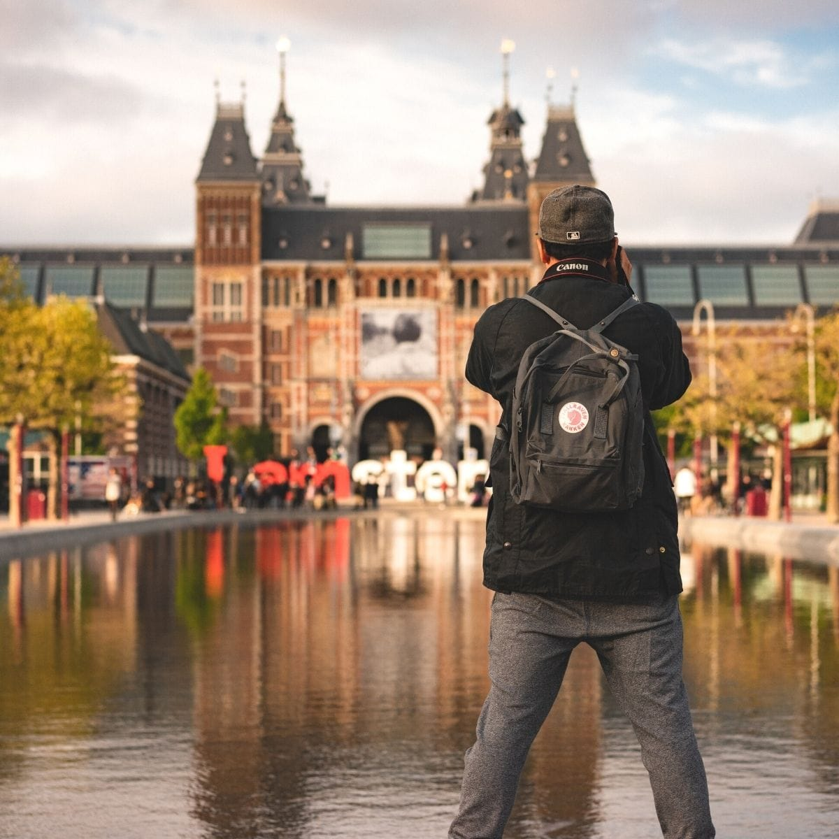 10 Kegiatan Seru yang Wajib Kamu Lakukan Saat Liburan di Belanda - Sumber Unsplash