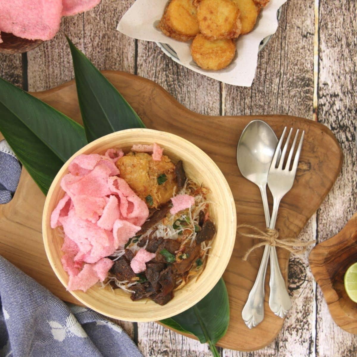 20 Makanan Khas Sumatera Barat Paling Enak dan Wajib Kamu Tahu