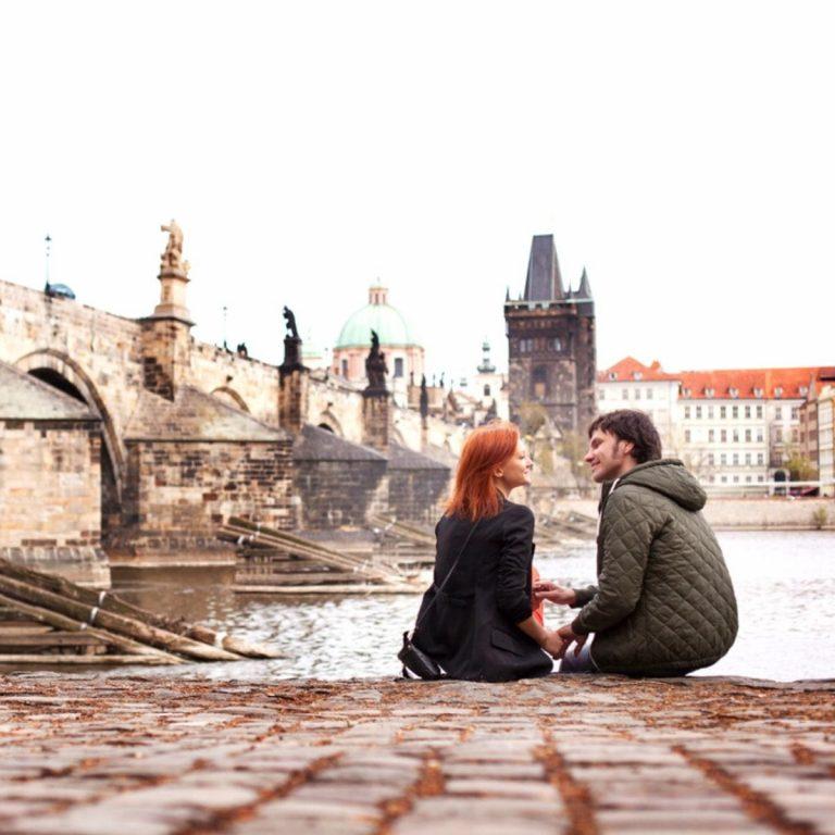 9 Rekomendasi Tempat Wisata Populer di Praha, Romantis dan Indah!