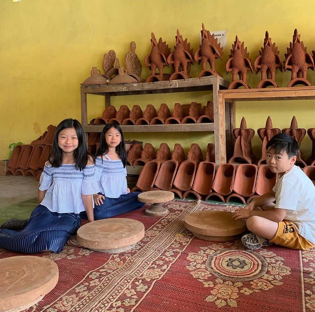Suvenir dan Cendera Mata Khas Yogyakarta - Gerabah Kasongan - nicole.i.j.g