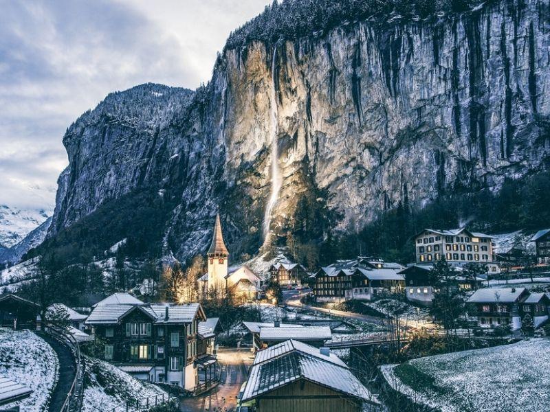 Lauterbrunnen, Desa Wisata Swiss yang Penuh Air Terjun